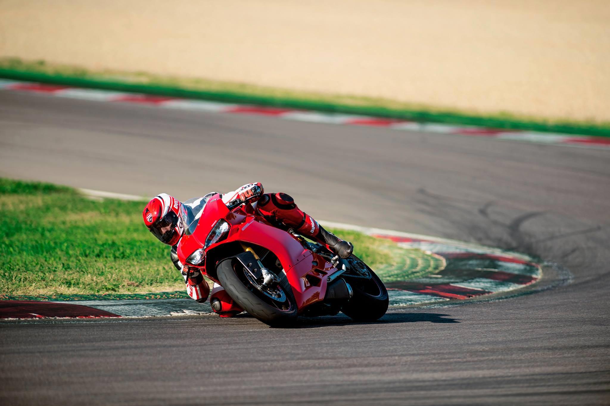 2015 New Ducati Panigale 1299