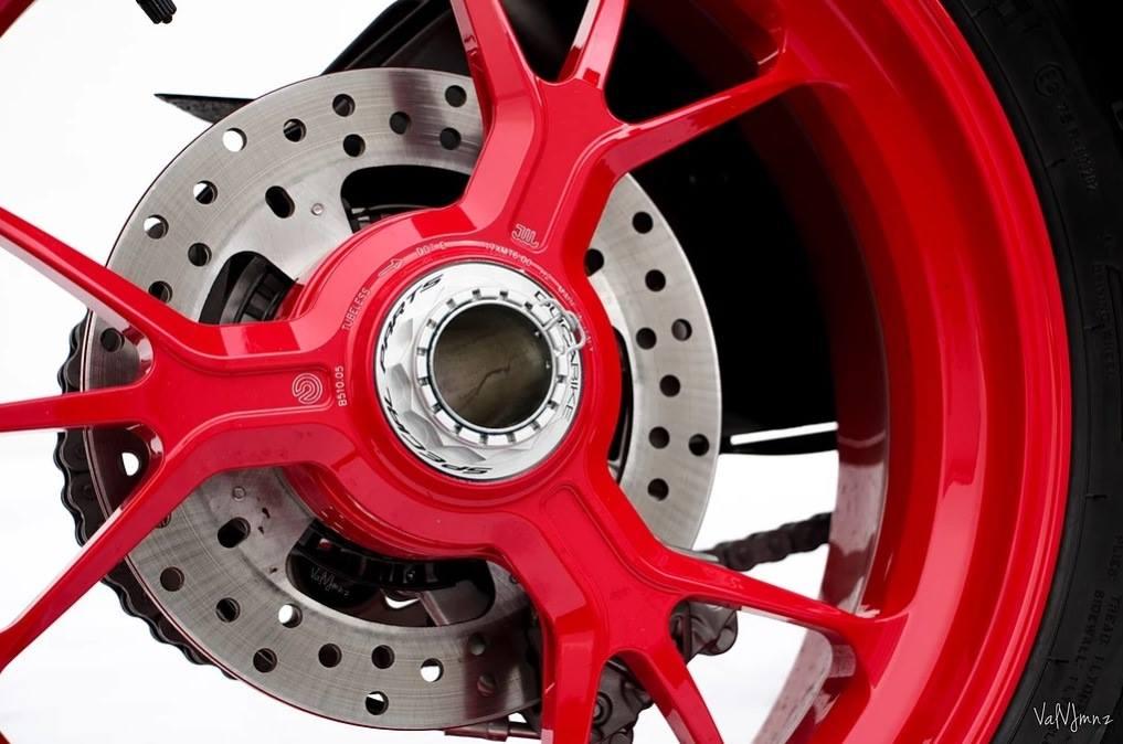 Ducabike Ducati Streetfighter V4 CNC Rear Wheel Nut