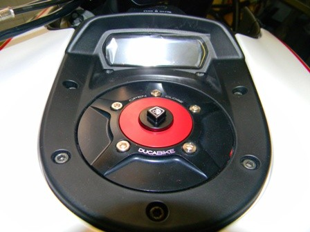 Ducabike Ducati Diavel Monster 696 796 1100 Fuel Gas Tank Cap