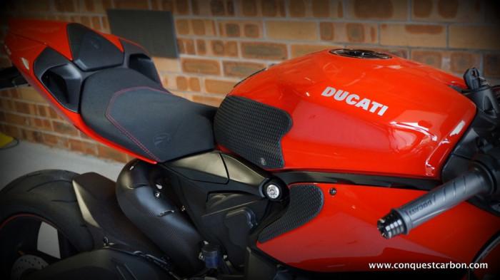 Conrad's Ducati Panigale 899 Carbon Fibre BST Wheels