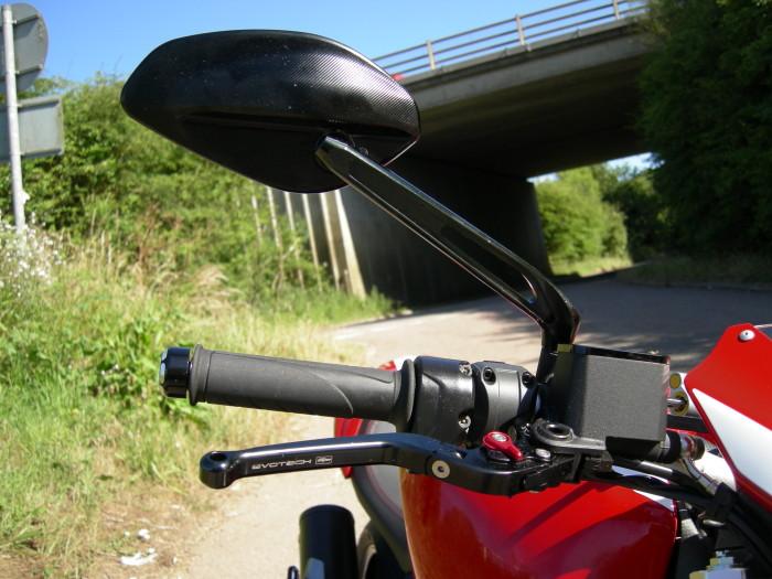 Ducati 821 Monster Stripe. 021