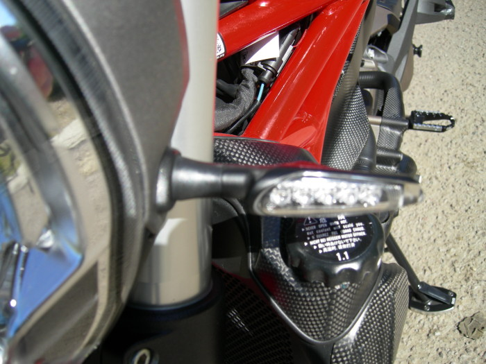 Ducati 821 Monster Stripe. 023