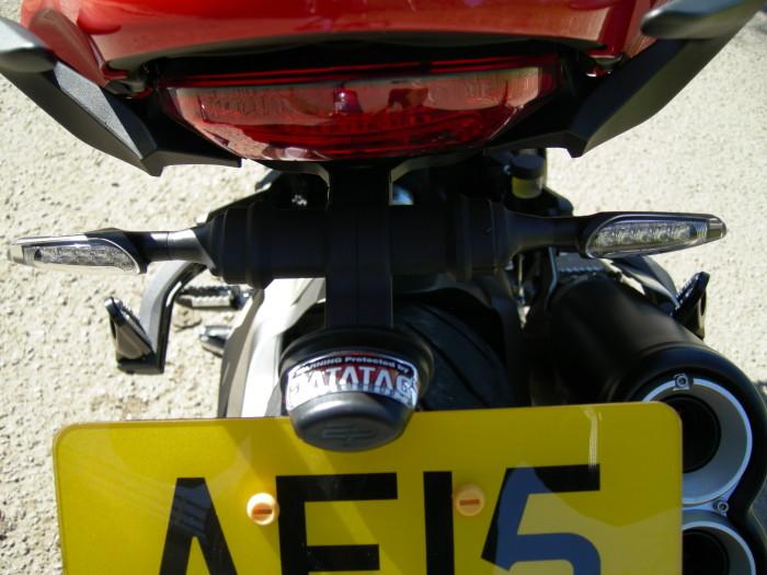 Ducati 821 Monster Stripe. 024