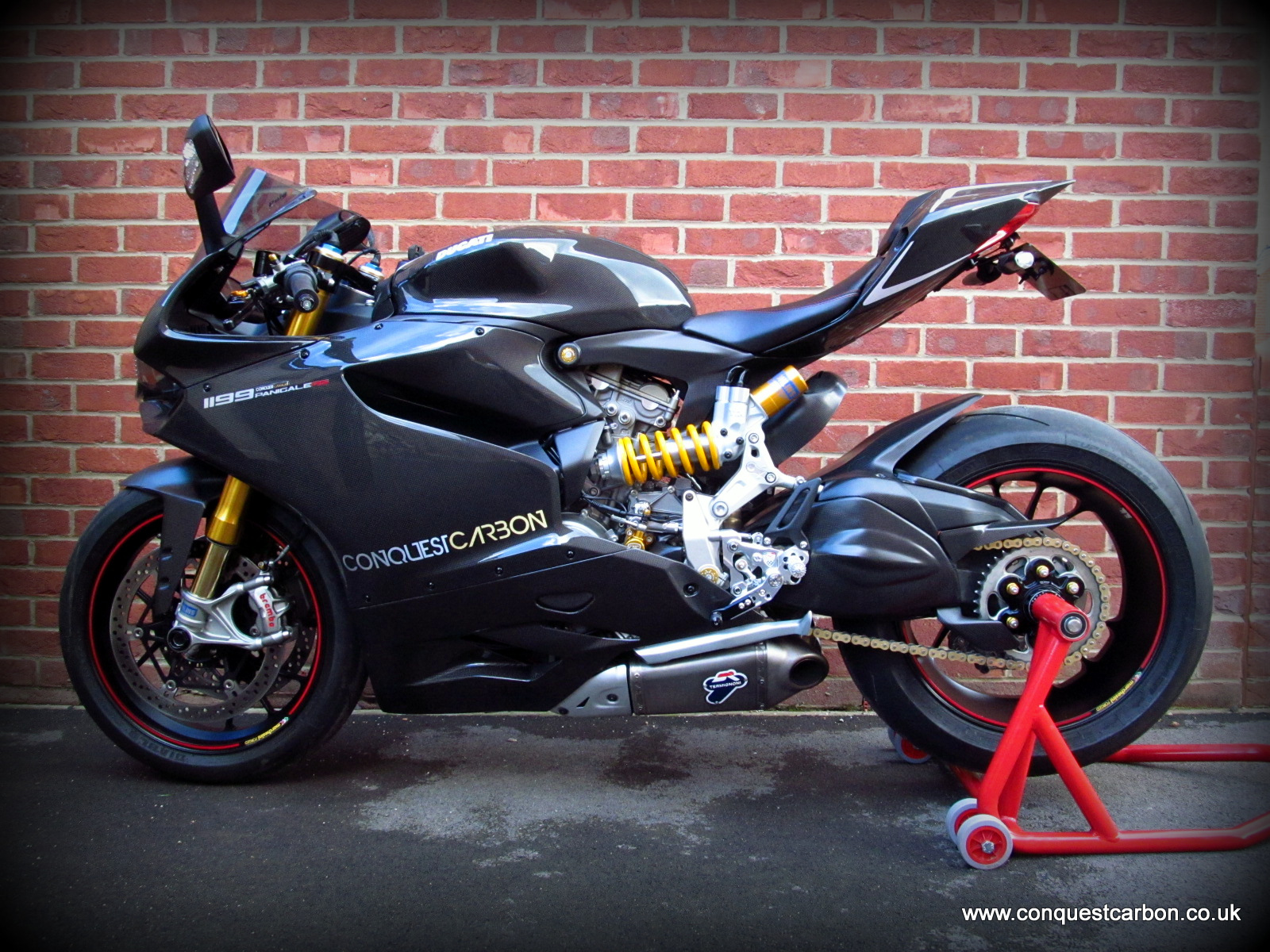Conquest Carbon's Ducati Panigale 1199RS Show Bike