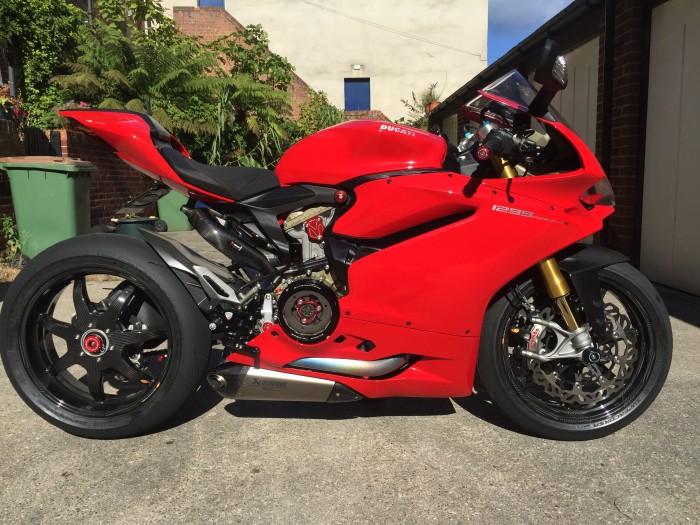 Cnc Racing Ducati Idee D Image De Moto