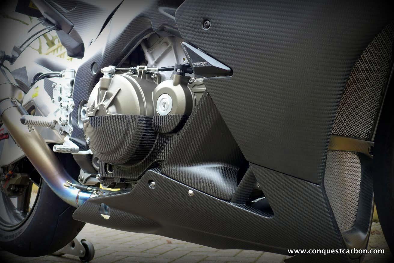 Aprilia RSV4 carbon fibre fairings in matte/satin finish by Sean Conquest Carbon parts