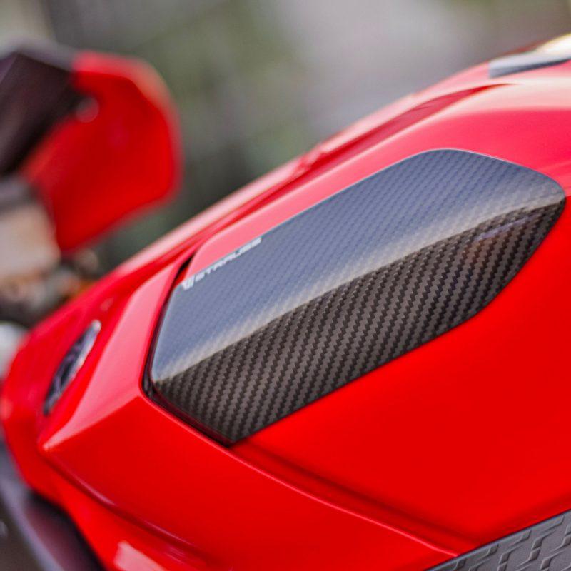 Strauss Yamaha R1 R1M Carbon Fibre Tank Sliders 2015-19
