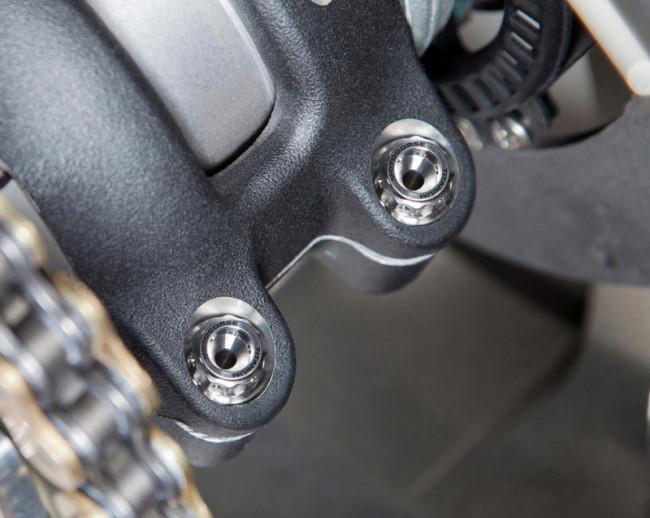 MotoCorse Ducati Panigale V4 Streetfighter V4 Titanium Swingarm Pinch Bolts