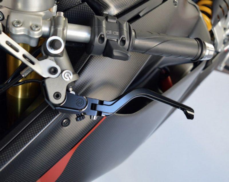 MotoCorse Adjustable Folding Clutch Lever OEM Brembo - Black