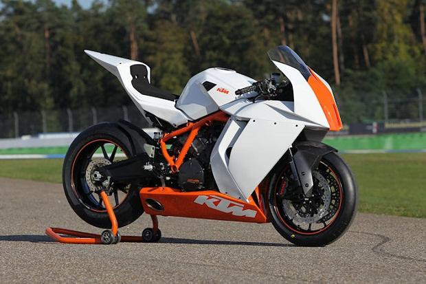 KTM-1190-RC8-R-Track-2013