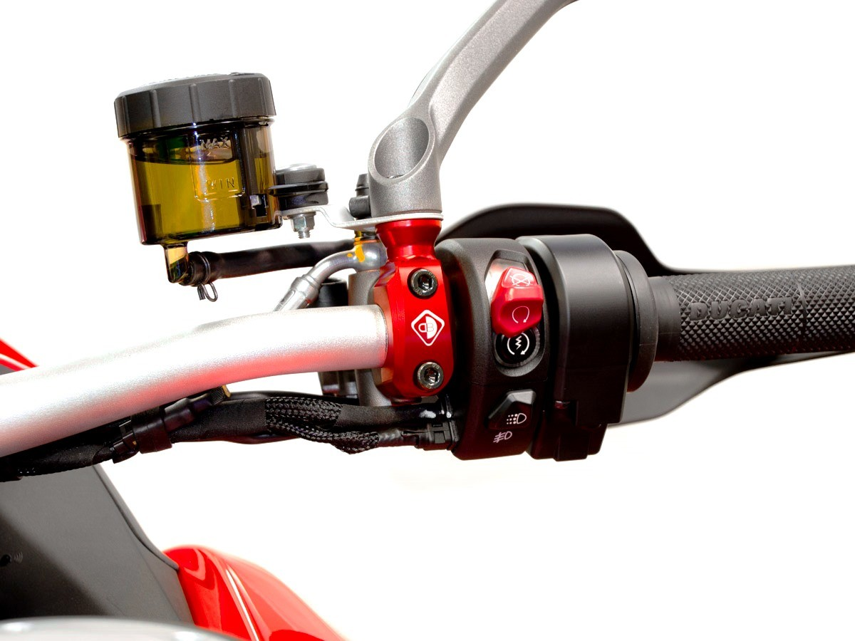 Ducabike Ducati Multistrada V4 Brembo Brake Master Cylinder Clamp M10 RHS